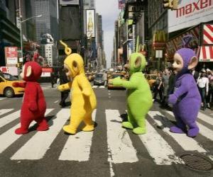 Puzle Po, Laa-Laa, Dipsy e Tinky-Winky de atravessar uma rua