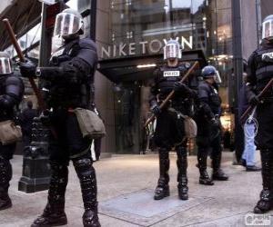 Puzle Polícia de choque