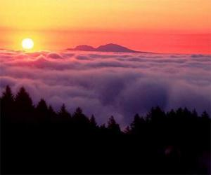 Puzle Pôr do sol na montanha