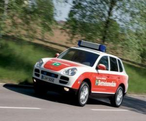 Puzle Porsche Cayenne ambulância
