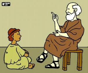 Puzle Professor, sentado em um banquinho, ensinando a um jovem rapaz, sentado no chão