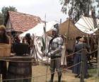 Guerrero protegido com armadura e capacete e armado
