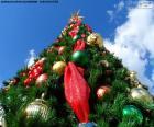 Árvore de Natal com bolas de Natal
