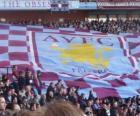 Bandeira do Aston Villa Football Club é grená e azul com o escudo no centro