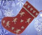 Meias de Natal decorada com os elfos e os corações