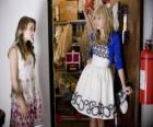 Hannah Montana (Miley Cyrus) com sua amiga Lily