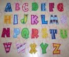 Letras maiúsculas, alfabeto