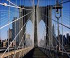 Suspensão ponte sobre o rio, Nova Iorque