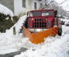 Limpa-neve fazendo seu trabalho