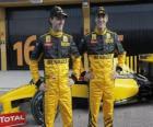 Robert Kubica e Vitaly Petrov, pilotos da escuderia Renault F1