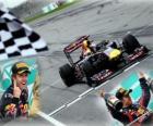 Sebastian Vettel celebra sua vitória no Grande Prêmio da Malásia (2011)