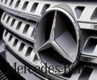 Logo da Mercedes, Mercedes-Benz, marca de veículos alemã. Estrela de três pontas da Mercedes