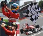 Fernando Alonso comemora a vitória no Grande Prémio da Grã-Bretanha (2011)