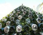 Árvore de Natal feita de garrafas recicladas 5.000