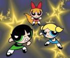 As Meninas Superpoderosas voando entre as estrelas, graças aos seus super poderes