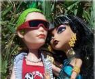 Cleo e Deuce, casal de monstros na escola Monster High