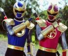 Ranger trovão é um duo Crimson eu Azul-Marinho