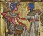 Faraó sentado em seu trono com um cetro nejej, sob a forma de um chicote, na mão