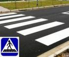 Faixa de segurança ou faixa de pedestres (br) ou passagem de peões ou passadeira (pt)