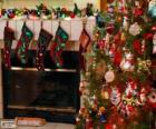 Lareira decorada para o Natal