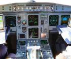 Cabine do avião com seus instrumentos e controles