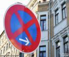 Paragem e estacionamento proibidos