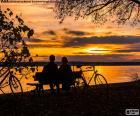 Pôr do sol em casal