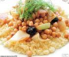 Cuscuz com grão de bico e legumes