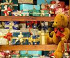 Prateleiras cheias de presentes