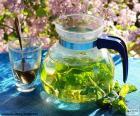 Chá de hortelã fresca