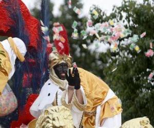 Puzle Rei Baltasar no desfile atirando doces