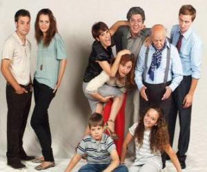 Puzle Retrato da família com avós, pais e netos