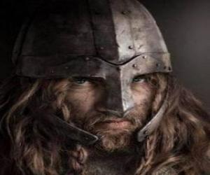 Puzle Rosto de viking ou viquingue com bigode e barba e um capacete