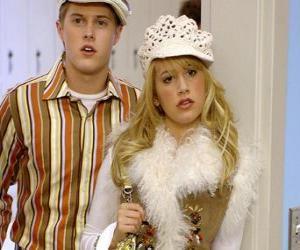 Puzle Ryan Evans (Lucas Grabeel), Sharpay Evans (Ashley Tisdale) deliberando
