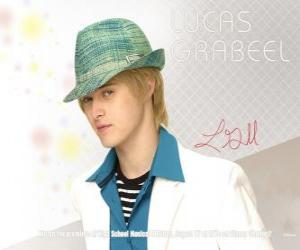 Puzle Ryan Evans (Lucas Grabeel), irmão de Sharpay Evans (Ashley Tisdale)