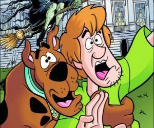 Puzle Scooby-Doo e seu amigo Salsicha fugindo assustados