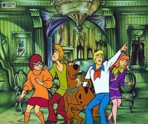 Puzle Scooby Doo e sua turma de amigos estão com medo