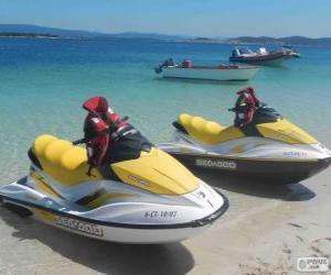 Puzle Scooters d'agua. Embarcações de recreio