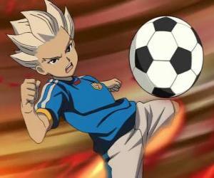 Puzle Shuya Gouenji ou Axel Blaze, o atacante e artilheiro da equipe de Raimon na aventuras de Inazuma Eleven