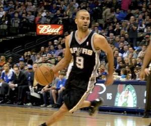 Puzle Tony Parker jogando um jogo de basquete
