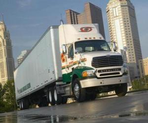 Puzle Trailer do caminhão na cidade