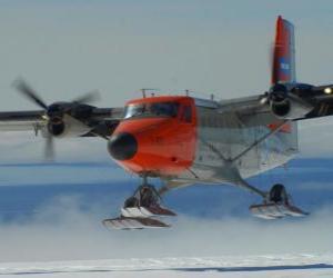 Puzle Twin Otter equipado para a neve