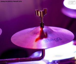 Puzle Um címbalo de tambor