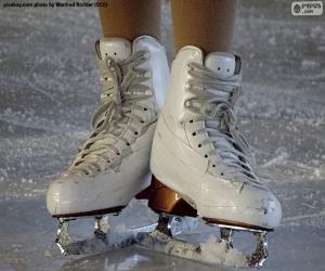 Puzle Um par de patins de gelo para patinação artística