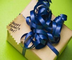 Puzle Um presente para o pai com uma fita