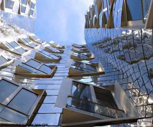 Puzle Uma fachada de edifício moderno