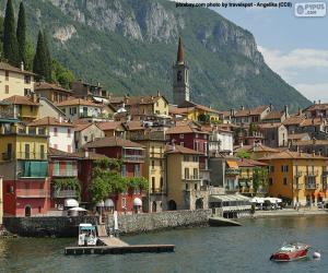 Puzle Varenna, Itália