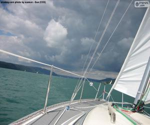 Puzle Velejar em um veleiro