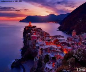 Puzle Vernazza, Itália