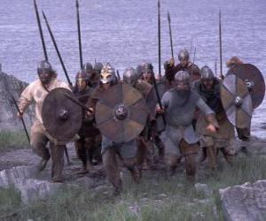 Puzle Vikings ou viquingue desembarcando do seu navio totalmente armado e com o escudo e lança na mão